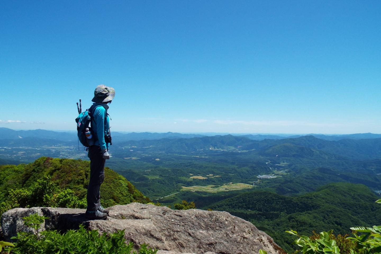 【岡山・蒜山】ベテランガイドと行く!烏ヶ山登山(7時間30分)