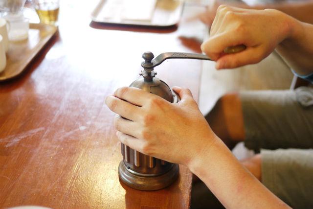 【沖縄・料理体験】芳醇な香りを楽しめる。コーヒー焙煎体験