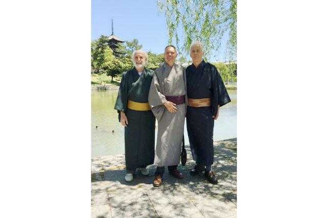 【奈良・着物レンタル】近鉄奈良駅から徒歩5分!男性用着物レンタル