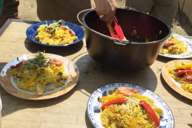 【岐阜・山県・料理体験】薪で火おこし、野外ランチ!ダッチオーブン料理体験