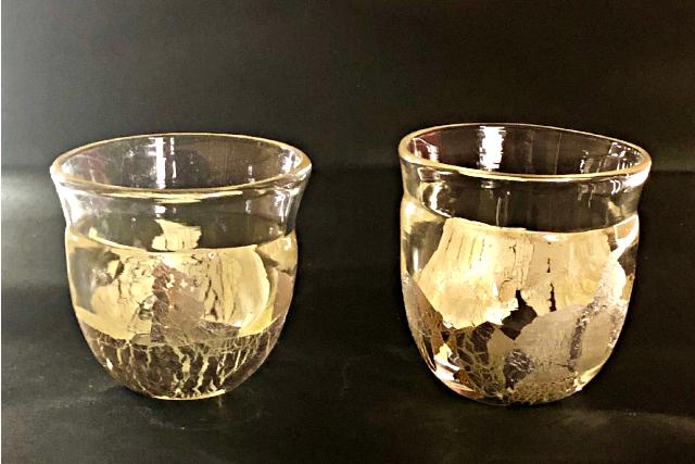 【愛知・瀬戸・吹きガラス】銀箔を金色に変化させるプロの技を体験。金彩の器1点