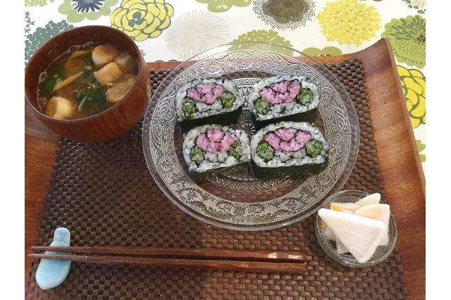 【山梨・料理体験】食卓を彩る華やかさ!飾り巻き寿司作り体験