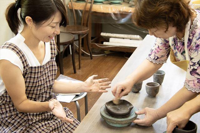 【岡山・瀬戸内】伝統工芸士が指導する備前焼 手びねり体験(60分)