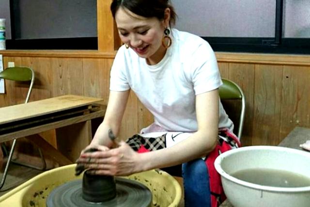 【岡山・陶芸体験】講師がマンツーマンでサポート!電動ろくろ体験