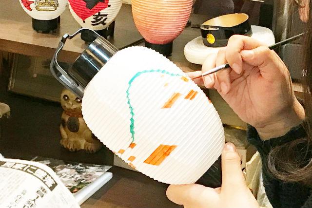 【広島・尾道・伝統工芸】創業100年以上の提灯屋で本格的な提灯絵付け体験をしよう