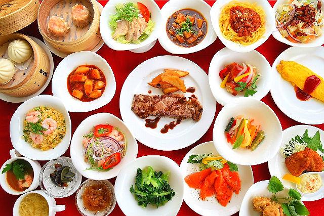 【沖縄市・植物園】ディナー+東南植物楽園イルミネーションイベント