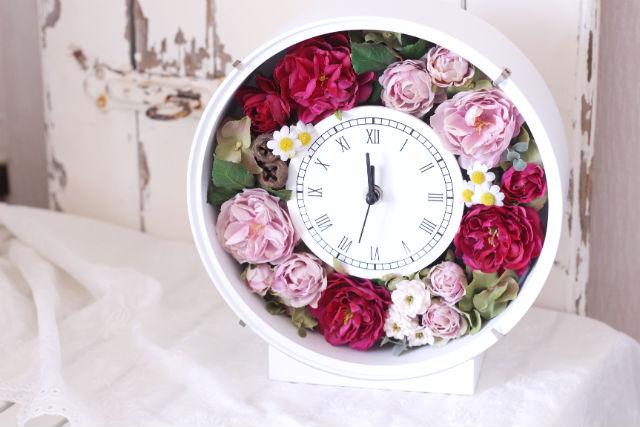 【岡山・倉敷・プリザーブドフラワー】華やかな時計を作ろう!花時計制作体験
