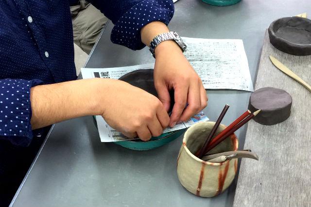 【岡山・備前・陶芸体験】薄茶色の色合いを楽しむ!備前焼陶芸体験(ヒダスキ焼成)