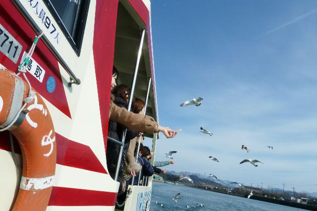 【鳥取・岩美・超小型車&遊覧船】海と陸から山陰海岸ジオパークエリアを満喫!