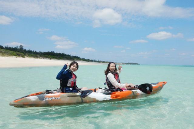 【鹿児島・与論島・シーカヤック】透明度抜群の海へ!離島シーカヤックプラン