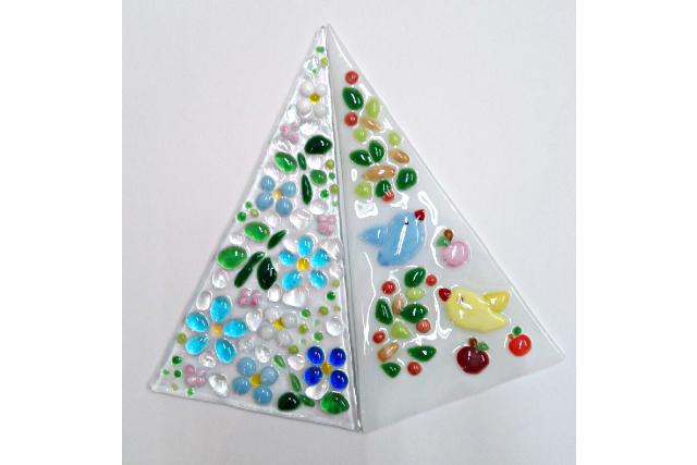 【鳥取・ガラス細工】フュージング(焼きガラス)で作るオリジナル足元ランプ