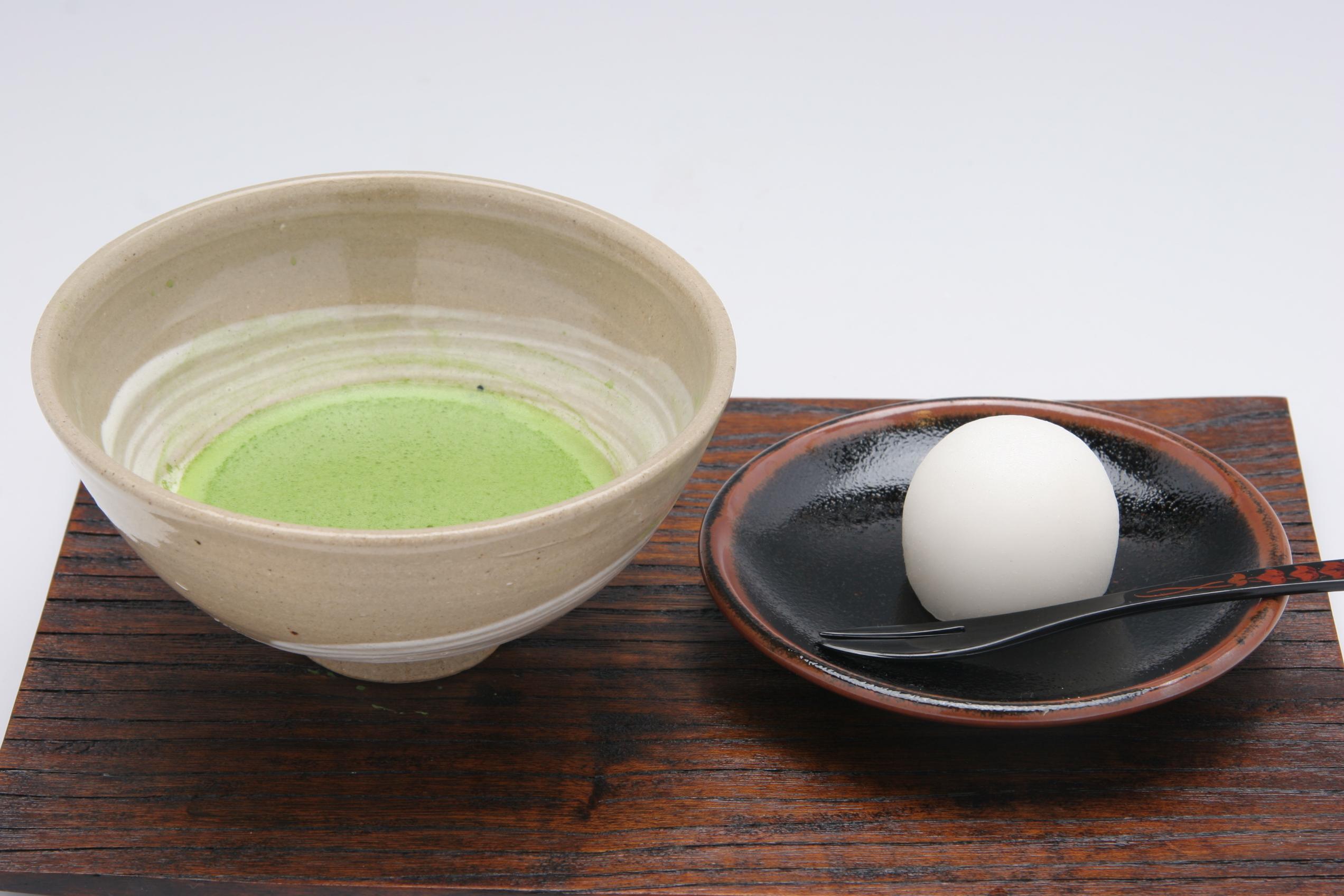 【島根・松江・日帰りバスツアー】日本三大菓子処!松江の抹茶セット路線バスパック