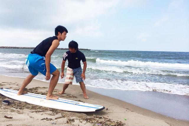 【秋田・サーフィン体験】初心者のレベルアップに!全4回のマスタースクール
