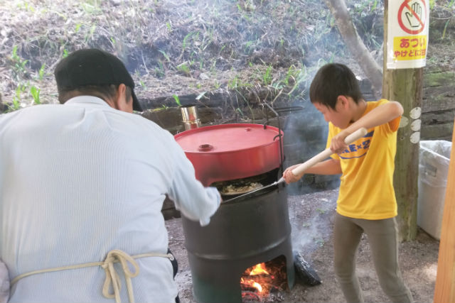 【岡山県・岡山市・ピザ作り】自然の中で焼き上げる格別の一枚!ドラム缶ピザ作り体験