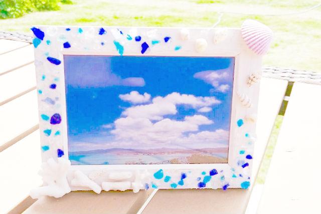 【沖縄・マリンクラフト】貝殻フォトフレーム作り。沖縄旅行の写真を飾ろう