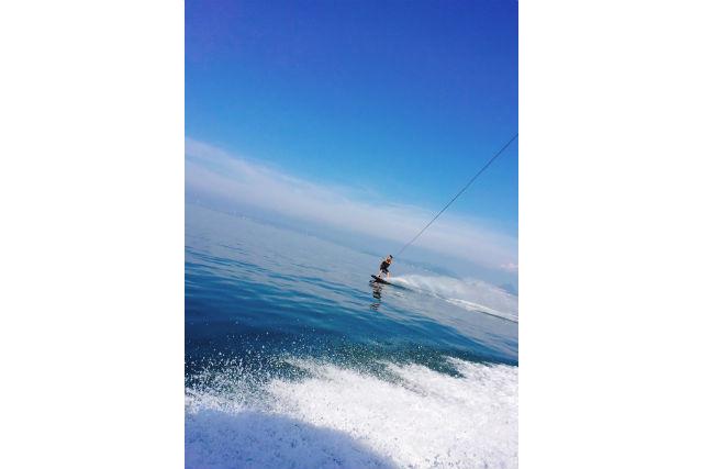 【香川・高松・ウェイクボード】海上を滑るウェイクボードを満喫♪20分×2セット