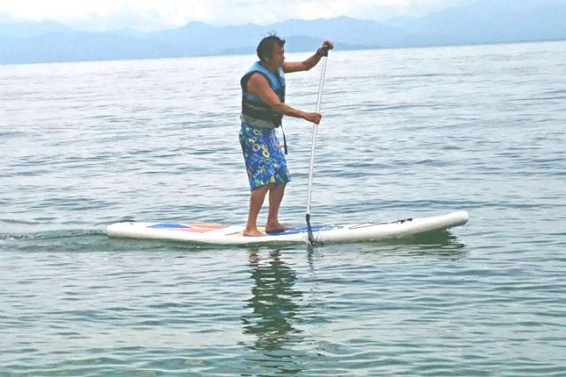 【滋賀・琵琶湖・SUP】水質と景色の綺麗な近江舞子北浜を水上散歩!SUP体験