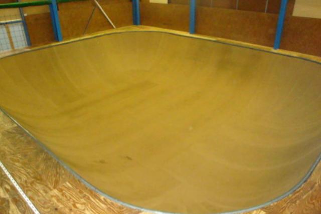 【兵庫・明石・スケートボード】思う存分滑走できるスケートパーク貸切(2時間)