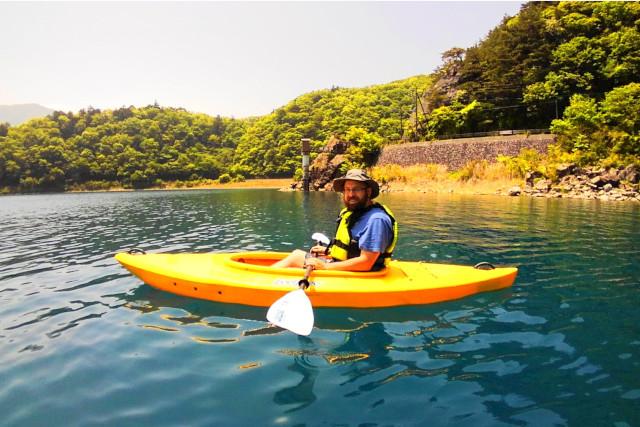 【山梨・西湖・カヤック】富士山を望む世界文化遺産の湖を周遊!カヤックツアー