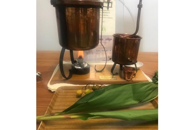 【愛知・名古屋・手作り化粧品】蒸留したアロマウォーターでコールドクリーム作り体験(1個)