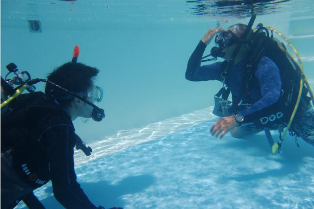 【沖縄・中頭郡・ライセンス取得】ダイバーへの最初の入り口!3日間のライセンス講習