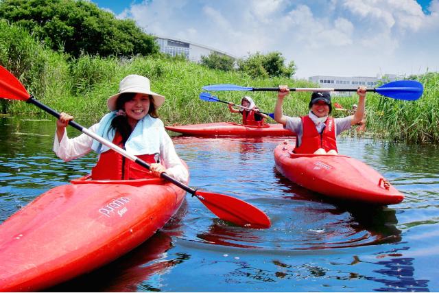 【滋賀・大津・カヤック】水上をスイスイ漕ぎ進もう!琵琶湖でカヤック体験