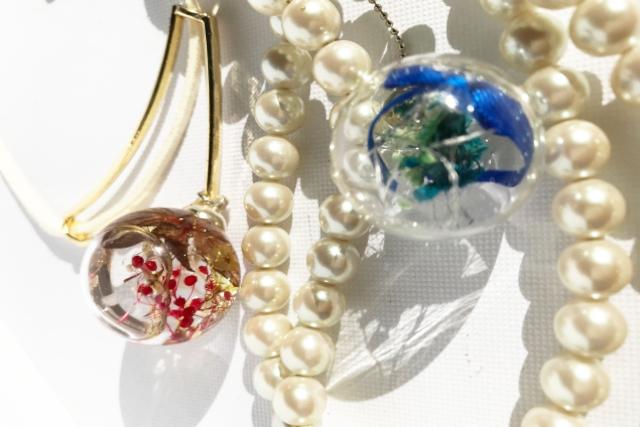 【大阪・堺・手作りアクセサリー】ナチュラルな美しさがキラリと目をひく。アクセサリー2点