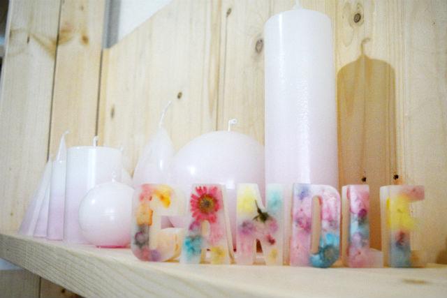 【福岡県・福岡市・手作りキャンドル】押し花が可愛いアルファベットサシェ(4個)