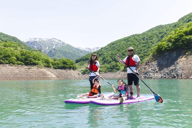 【新潟・南魚沼・SUP】しゃくなげ湖の大自然でリフレッシュ!半日SUPツアー