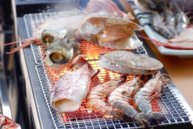 【新潟・柏崎・手ぶらバーベキュー】日本海の新鮮なお魚を堪能。インドアBBQプラン