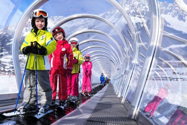 【新潟・湯沢・雪遊び】湯沢高原で雪遊びと温泉を満喫!SnowExperience