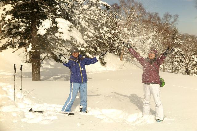 大人もお子さまも雪遊びは楽しい!!