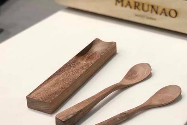 【新潟・三条・木工教室】好きな形に削る!口当たりにこだわった木製マイスプーン作り
