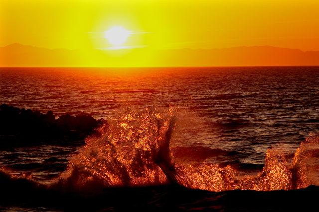 【新潟県・新潟市・観光タクシー】完全プライベートツアー!海に沈む夕日をみにいこう