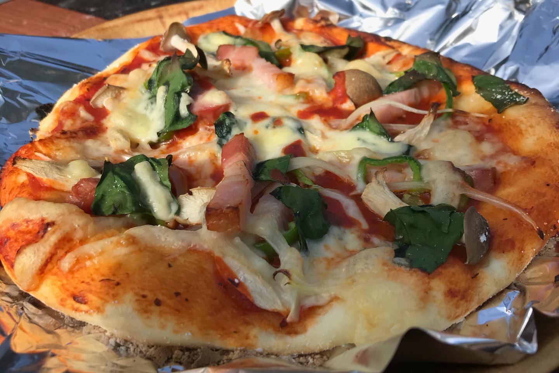 【熊本・小国・手作りピザ】焼きたてをほおばろう!キャンプ場で絶品ピザ作り体験