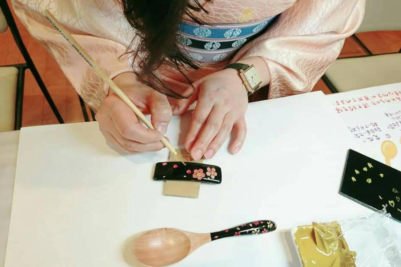 【新潟県・新潟市・伝統工芸】持ち込みOK!好きな小物に蒔絵で絵付けしよう(1個)