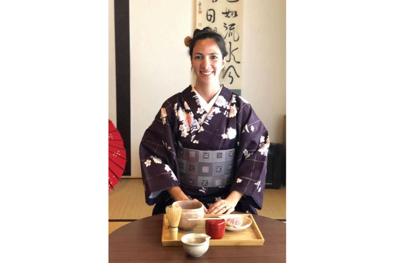 【山口・山口市・日本の伝統文化】菊~ナチュラル和菓子作りと茶道のお気軽和文化体験コース