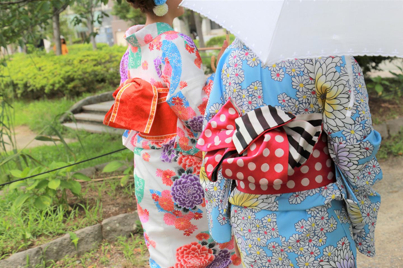 【福岡・天神・着物レンタル】手ぶらでOK!華やかな着物で歴史的史跡、舞鶴公園を散策♪