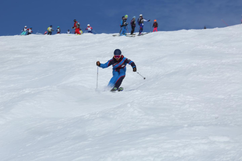 【長野・野沢温泉・スキースクール】家族で楽しく滑ろう!ファミリーレッスン