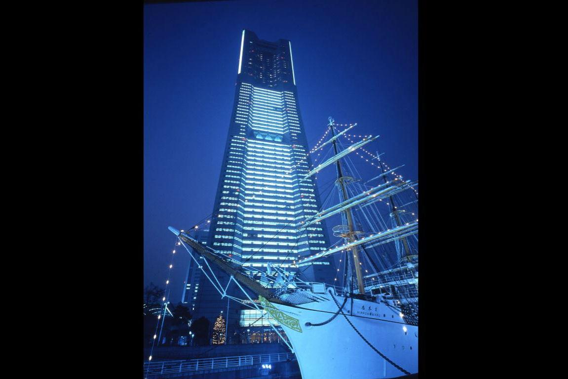 【100円割引】横浜 ランドマークタワー展望台 スカイガーデン クーポン