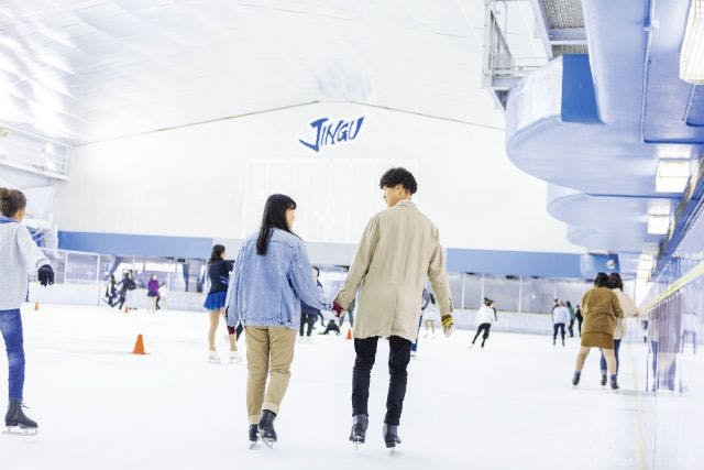 【土日祝】明治神宮外苑アイススケート場 付添見学チケット
