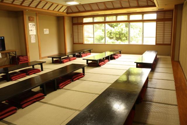 【最大51%割引】ろまんちっく村 湯処あぐり 前売りクーポン(入館+タオル)