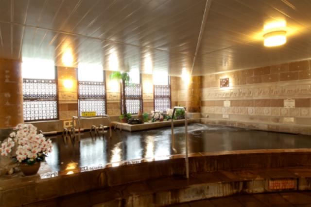 2.【270円割引】天然温泉ゆの郷Spa nusa dua 入浴+岩盤浴+タオルセット