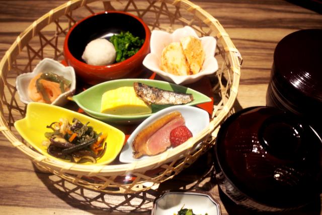 【最大21%割引】玉光湯 ひじりのね 伏見店 クーポン(入浴料+タオルセット+3種から選べるお食事)