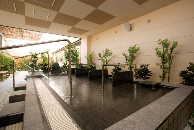 【最大344円割引】THE SPA 西新井 クーポン(入館料+岩盤浴セット+タオルセット)