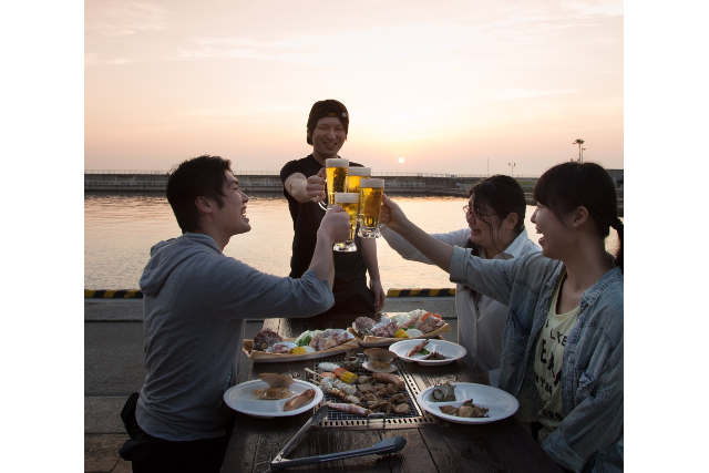 【1,300円割引】エンジョイプラン(アトラクション乗り放題+黒潮市場BBQ)