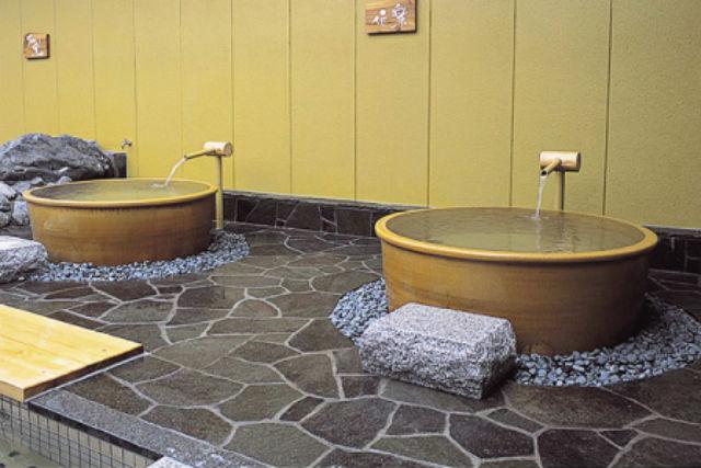 【土日祝】湧出天然温泉 くつろぎの郷 湯楽 入浴チケット