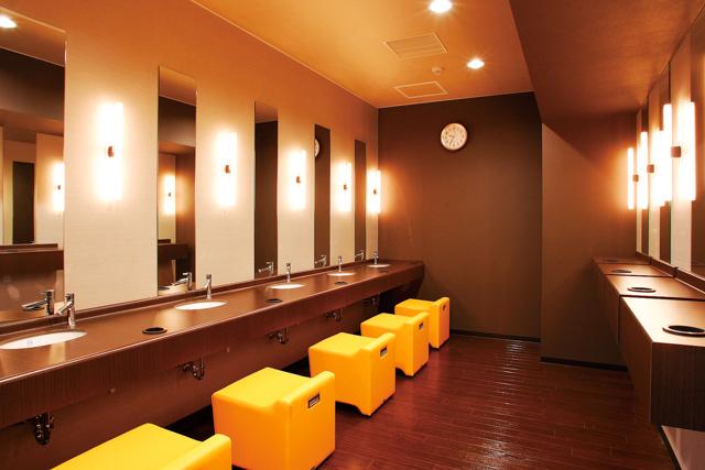 【平日最大150円割引+特典】THE SPA 成城 クーポン(入館セット+飲食10%割引)の写真