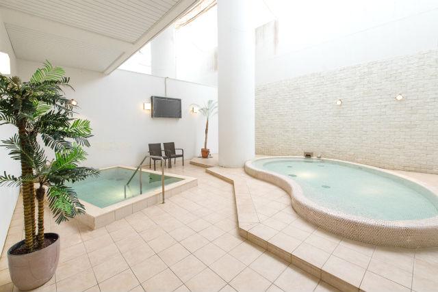 【320円割引】スパリゾートリブマックス クーポン(入館+岩盤浴+水+タオルセット)