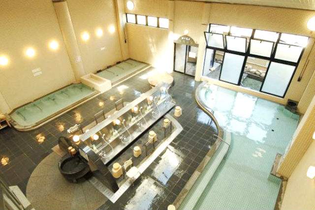 【660円相当割引】飛騨金山温泉 湯ったり館 クーポン(入浴+なっとく豚のランチ)